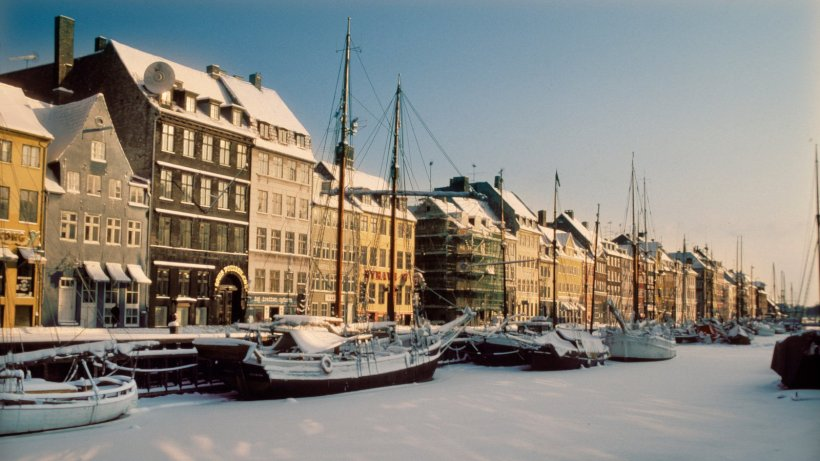 Nyhavn-snowscape-winter2018